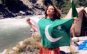 राखी सावंत ने पाकिस्तानी झंडे के साथ शेयर किया पोस्ट, कहा उनका भी दिल है