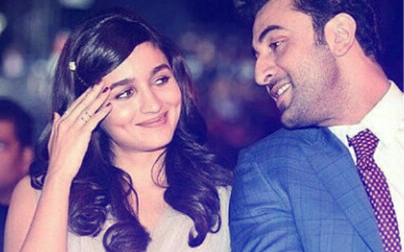 Alia Bhatt & Ranbir Kapoor Will Be The 'Hook Up Of 2018', Says Manish Malhotra