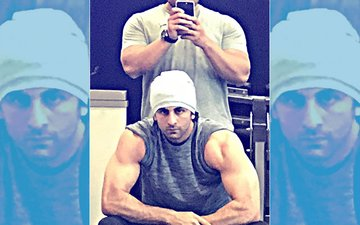 Fab Friday: Ranbir Kapoor Flaunts His Biceps For Sanjay Dutt Biopic