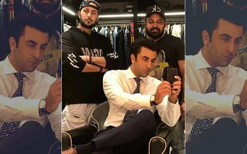 Ranbir Kapoor's Mirror Selfie Is Melting Out Heart; Can Mr Kapoor Make His Instagram Debut Already?