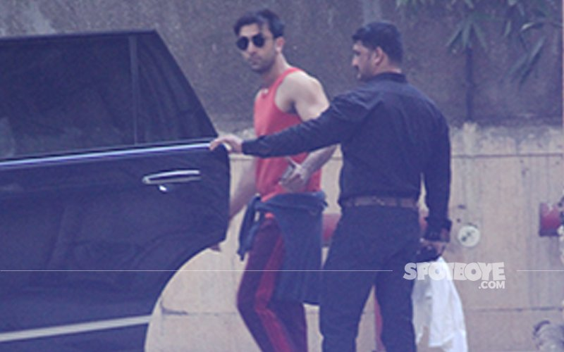 Ranbir Kapoor's Muscles Do The Talking In These Pictures