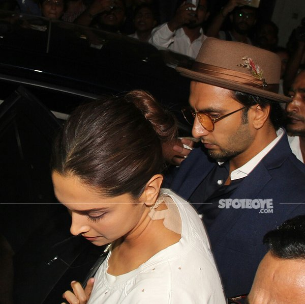 ranveer and deepika at anil kapoors juhu bungalow