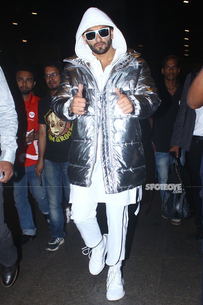 ranveer singh at the airport
