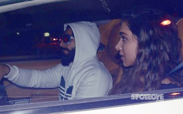 Ranveer Singh Spends His Birthday At Ladylove Deepika Padukone's House