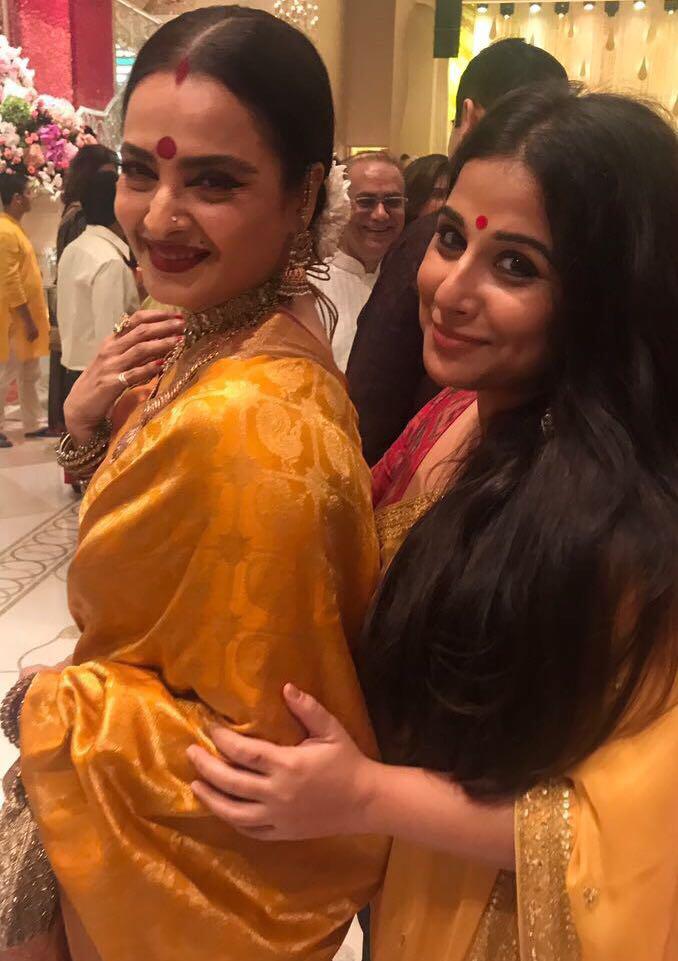 rekha with vidya balan at ambani ganpati celebration