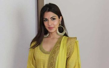 Sushant Singh Rajput Death: Rhea Chakraborty's Phone Number Similar To Navi Mumbai's Clerical Staff; Receives Harassing And Abusive Calls