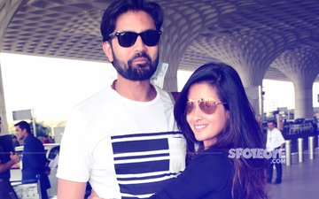 Hottie Riya Sen SPOTTED With Hubby Shivam Tewari At Mumbai Airport