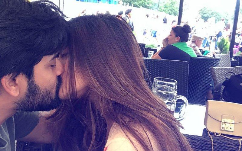 Riya Sen Kisses Hubby Shivam Tewari In Public In Prague