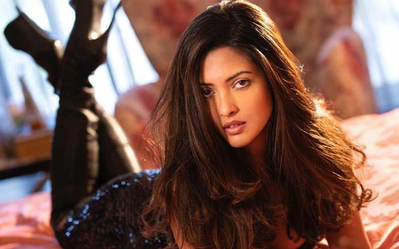 Hottie Riya Sen Coming To You With Poison, Today