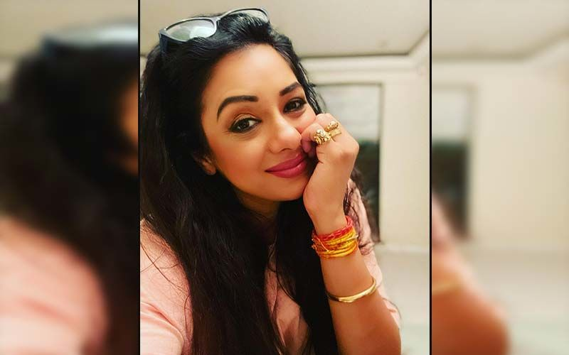 Anupamaa: COVID-19 Recovered Rupali Ganguly Faints On Set? Video Of Actress From The Shoot Goes Viral-WATCH