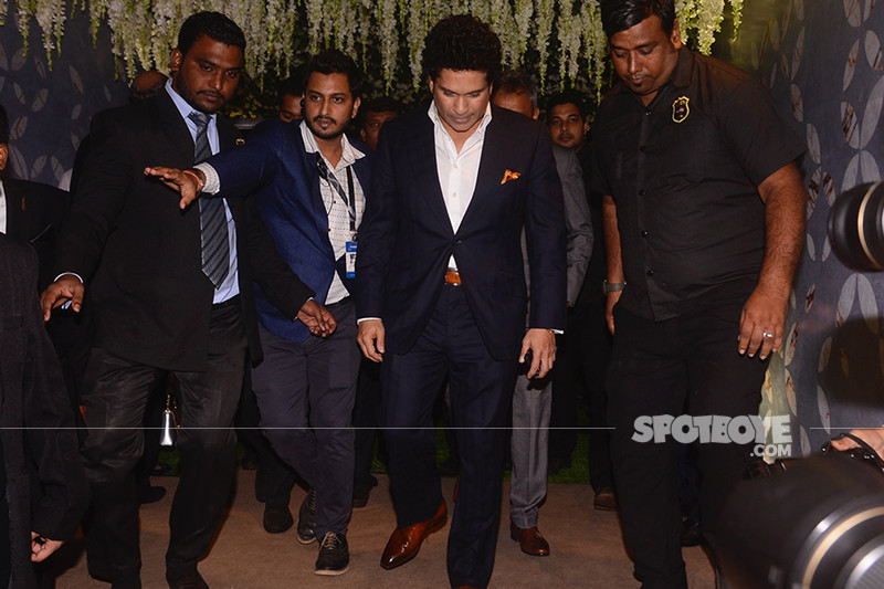 sachin tendulkar at poorna patel reception