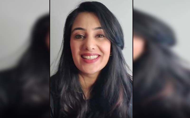 Sai Lokur Imitates Deepika Padukone From Ram-Leela On Her Bollywood Themed Birthday Party