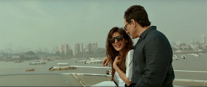 saif and chitrangdha in baazaar