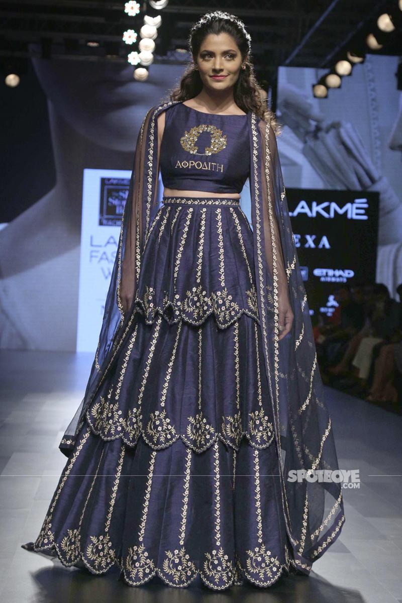 saiyami kher at lakme fashion week 2017