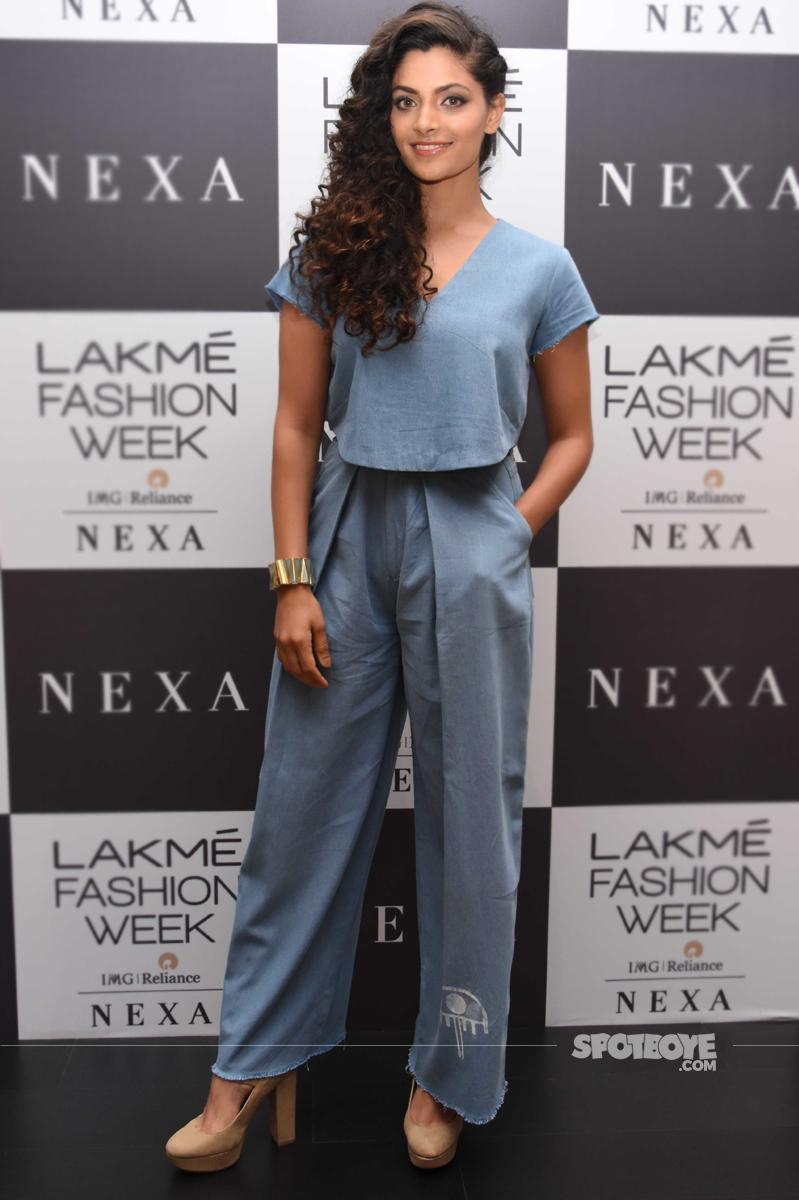 saiyami kher at lakme fashion week