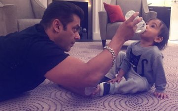 Salman Khan & Ahil's Latest Picture Is Too Adorable For Words