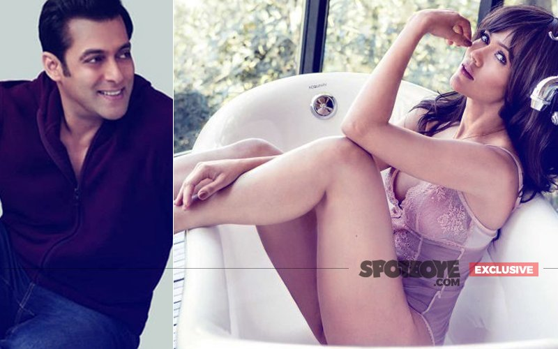 Divorced Waluscha De Sousa Is Salman Khan's New Muse