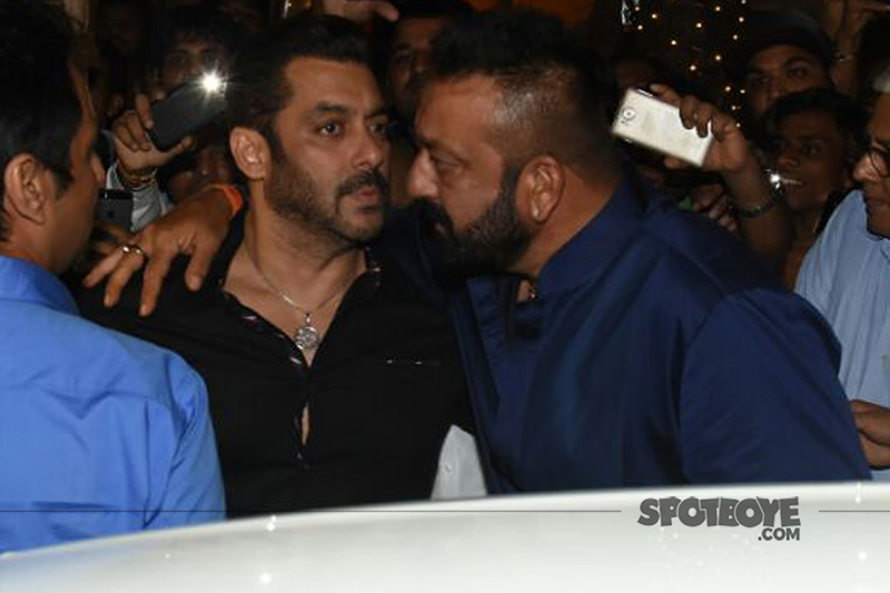 salman khan and sanjay dutt burry their hatchet at ambanis ganpati bash