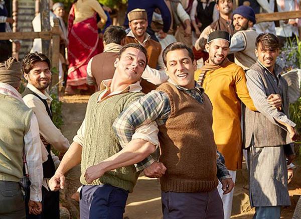 salman khan and sohail khans bromance in tubelight