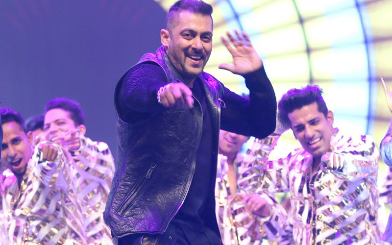 Salman Khan To Perform At A Live Concert After 15 Years In India!