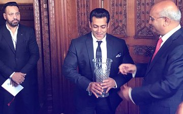 Salman Khan Presented With Global Diversity Award In London