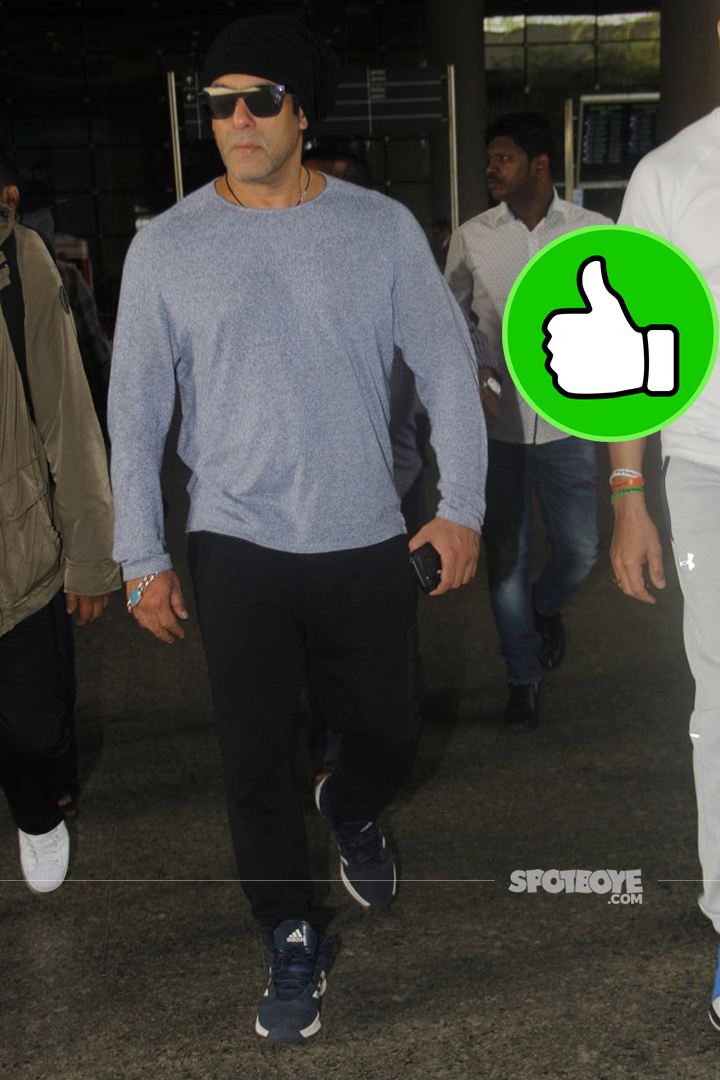 salman khan spotted at the airport