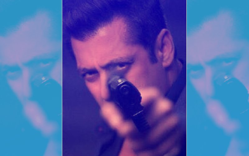 UNAFRAID OF DEATH THREATS, Salman Khan Continues To Shoot For Race 3