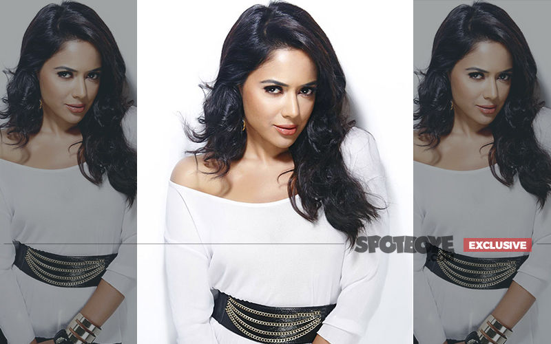 Sameera Reddy Is Pregnant, 2nd Baby Expected In July