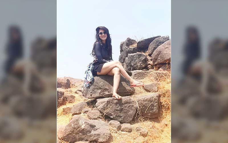 Smita Gondkar Shares A Surprising Throwback Memory, Can You Recognize This Bigg Boss Marathi Star?
