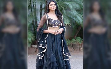 Fashionista Pooja Sawant Turns On The Bling In This Shimerring Golden And Black Lehenga