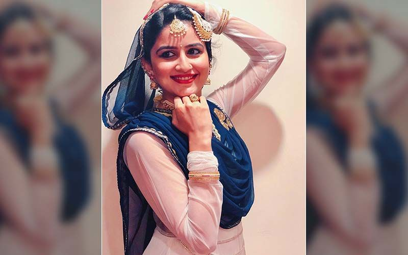 Vaidehi Parshurami's Eid Throwback In This Golden Sharara Suit Is A Stunner