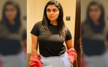 Rinku Rajguru Unleashes The Hotness Diva In Her As She Flaunts Her Mid-riff In A Crop Top