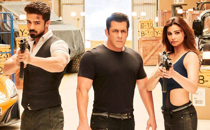 saqib saleem salman khan daisy shah in race 3