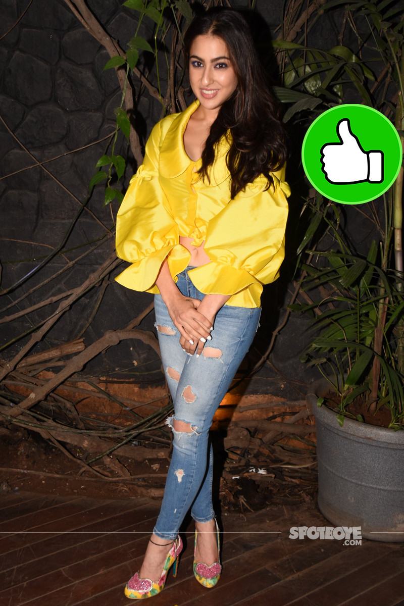 sara ali khan is all smiles at kedarnath wrap up bash