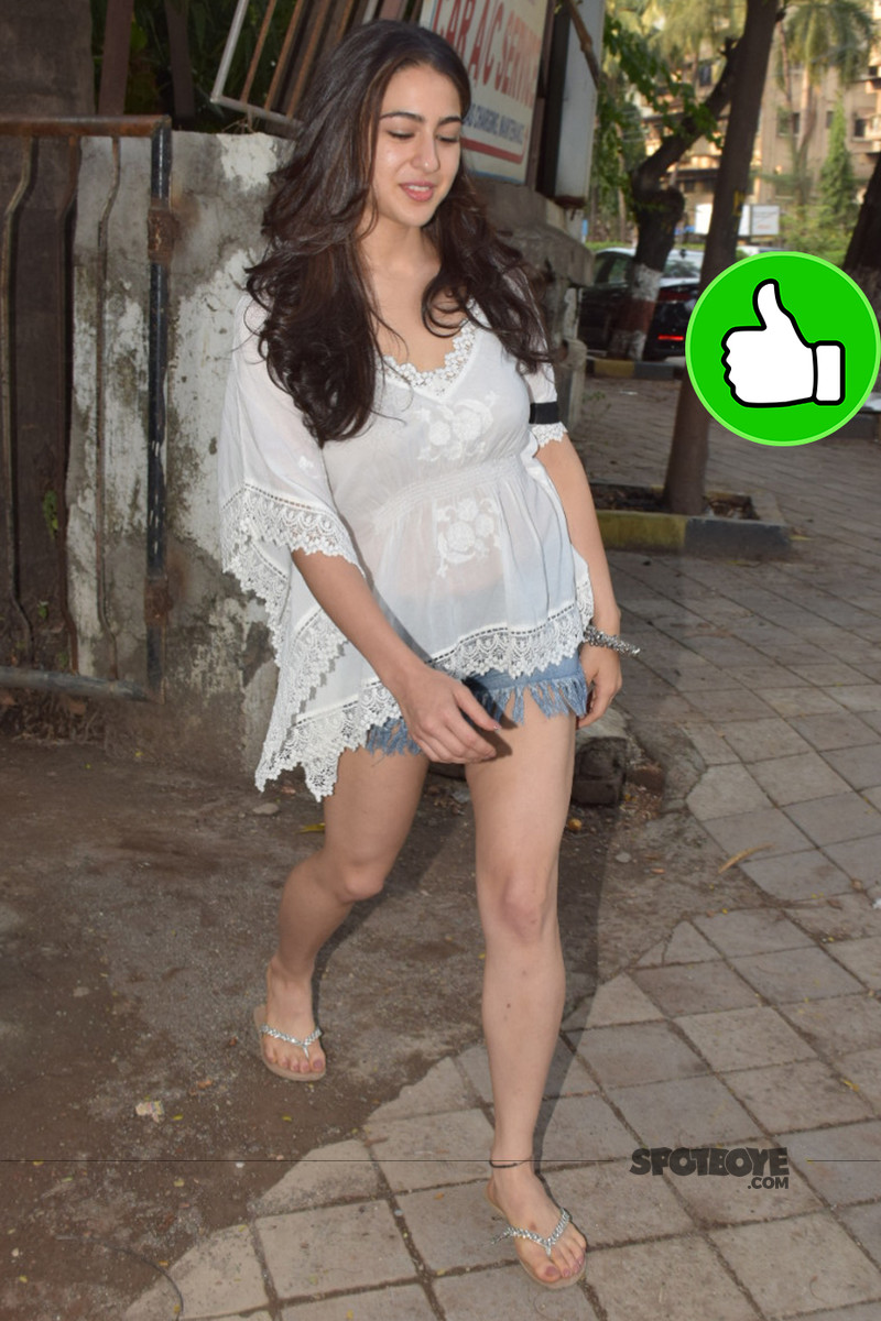 sara ali khan snapped post salon session