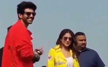 Love Aaj Kal Promotions: Kartik Aaryan Flashes A Smirk As Fans Call Sara Ali Khan 'Bhabhi' - WATCH HERE