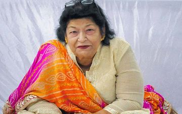 Saroj Khan Reportedly Undergoing Dialysis At The Hospital; Netizens Pray For Her Speedy Recovery