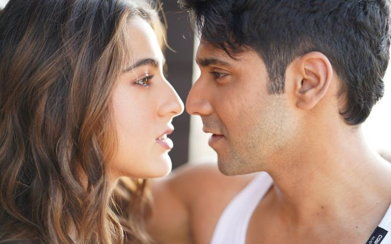 Coolie No 1 Song Tera Siva: Sara Ali Khan Is Raising The Heat In Her Bikini Avatars And A Sizzling Chemistry With Varun Dhawan
