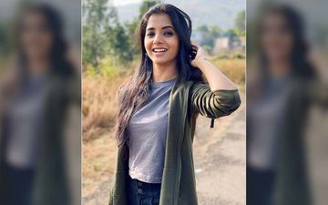Sayali Sanjeev's Girl Next Door Look On Instagram Is The Style Guide For Your New Year 2020