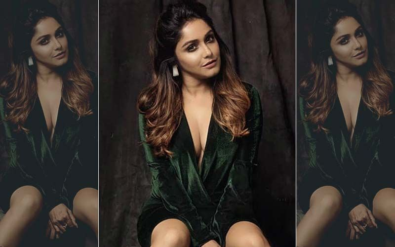 Sayantani Guhathakurta Gives Us A Breezy Feeling In Her New Pic–Full Photo Inside