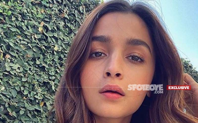 Alia Bhatt To  Shoot A Big Song Sequence For RRR, May Sing It Too - EXCLUSIVE