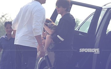 Shah Rukh Khan & AbRam Take The Helicopter From Alibaug After Birthday Celebrations