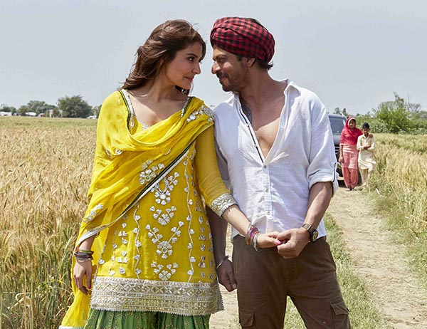 shah rukh khan and anushka sharma in jab harry met sejal
