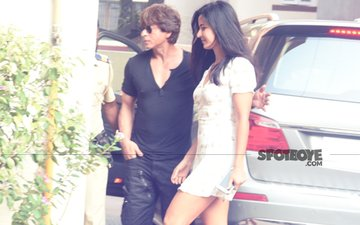 PICS: Katrina Kaif Looks Gorgeous; Steps Out For Lunch With Shah Rukh Khan