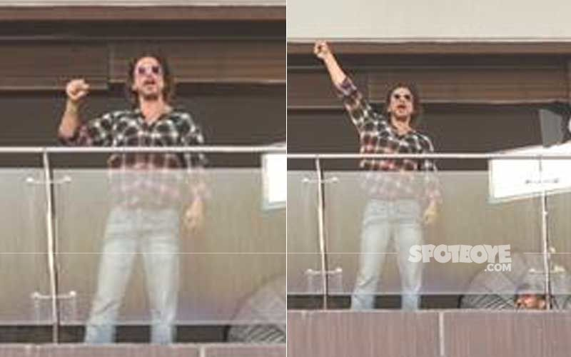 Shah Rukh Khan Works From Home Under Lockdown; Gets Snapped Shooting In  Mannat's Balcony- VIDEO