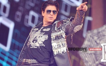 BUZZ: Shah Rukh Khan To Shake A Leg In A Special Song-N-Dance Number In The Ittefaq Remake