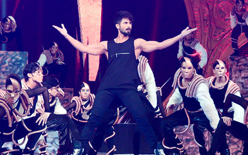 Shahid Kapoor Pulls Out Of IIFA 3 Days Before The Big Nite