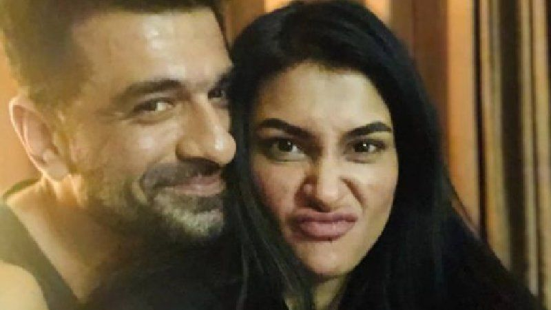 Eijaz Khan And Pavitra Punia Celebrate Latter's Birthday With Media; Couple Indulges In PDA As Shutterbug Go Click Click - WATCH