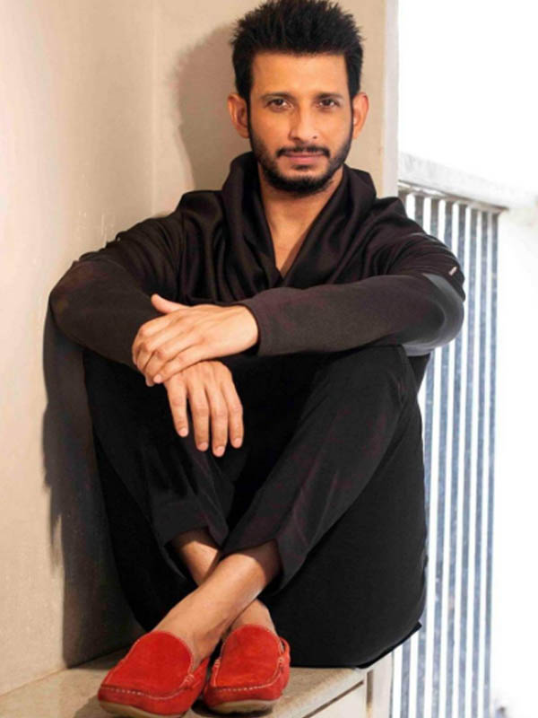sharman joshi look