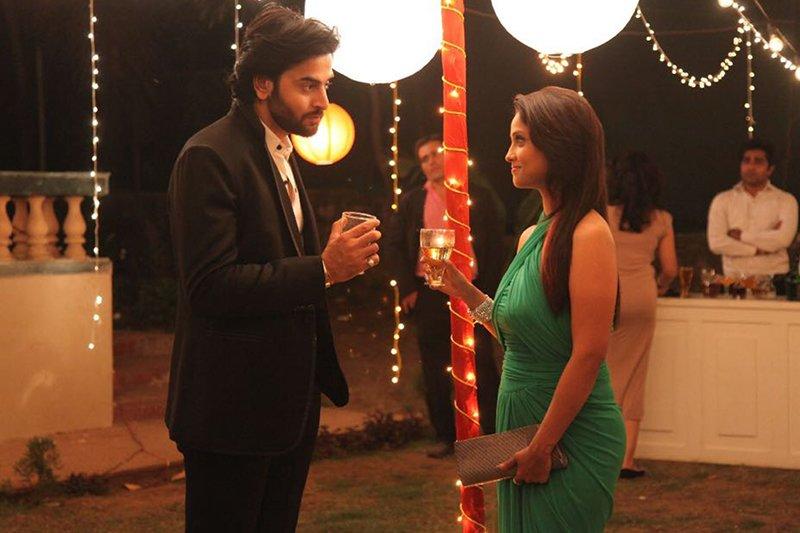 shashank vyas and adaa khan enact a scene